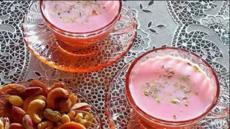 Nun Chai, the unique Kashmiri salt tea