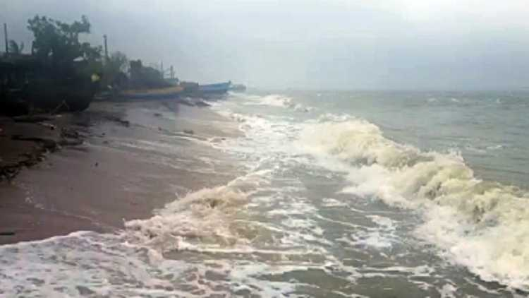 Cyclone Tauktae to intensify into cyclonic storm today