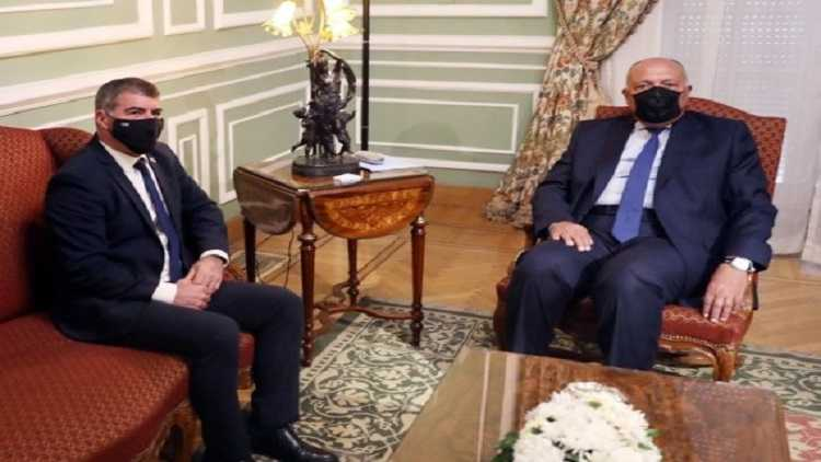 Egyptian Foreign Minister Sameh Shoukry (R) meets with Israeli Foreign Minister Gabi Ashkenazi in Cairo, Egypt