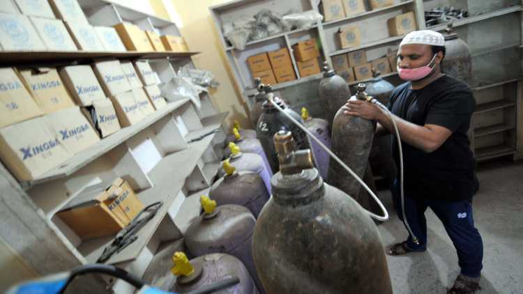 Oxygen cylinders that became a lifeline for Covid patients (Photo: Ravi Batra)