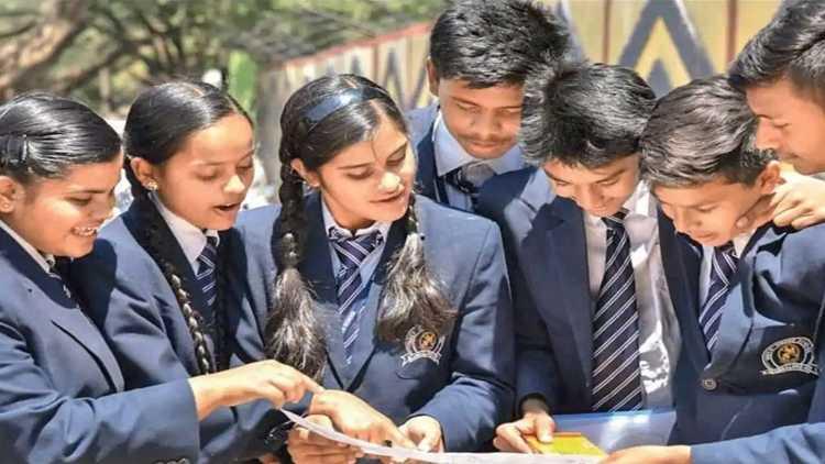 CBSE submits Class 12 scoring plan