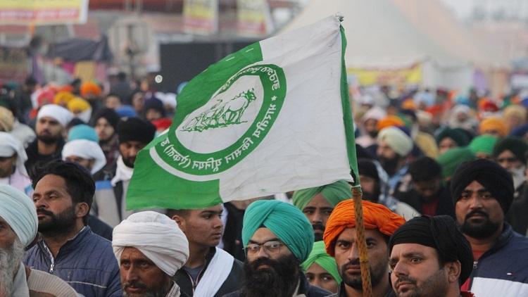 SKM members at Delhi's Singhu border
