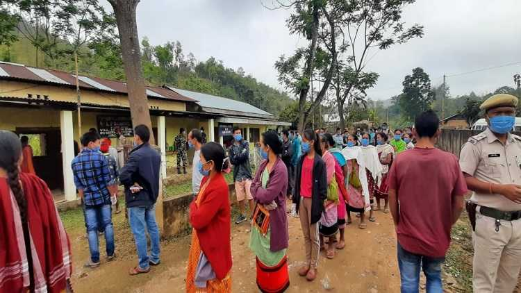 Guwahati Voting begins for 2nd phase of Assam assembly polls.