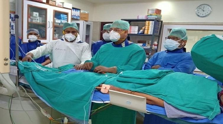 AMU Medical College team