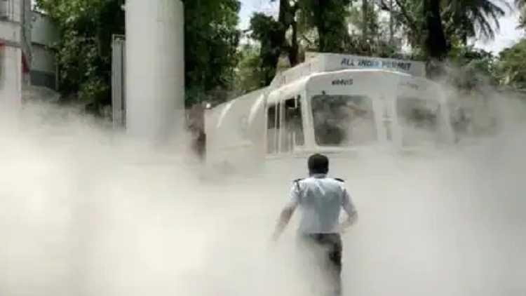 Oxygen tank leaks