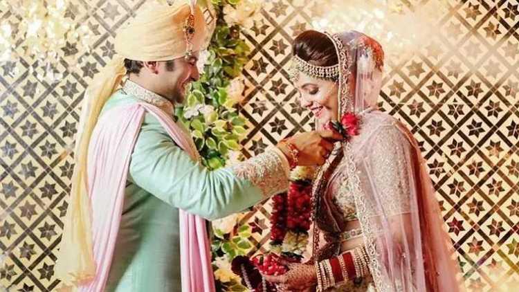 Sugandha Mishra and Sanket Bhosale