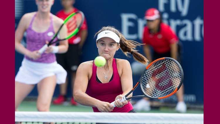 Davis stuns Kenin to progress in Charleston tennis