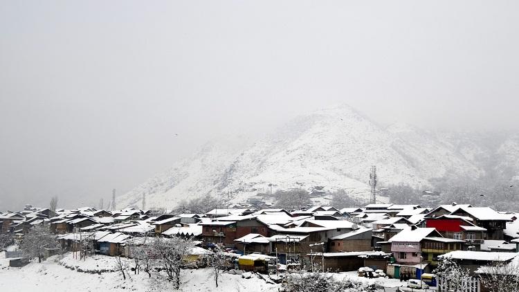 Snow clad Kashmir